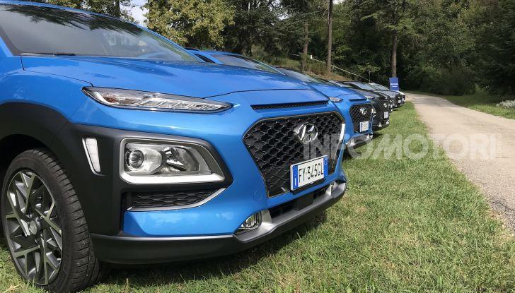 Hyundai Kona Hybrid, prezzi e prestazioni del SUV compatto - Foto 2 di 10