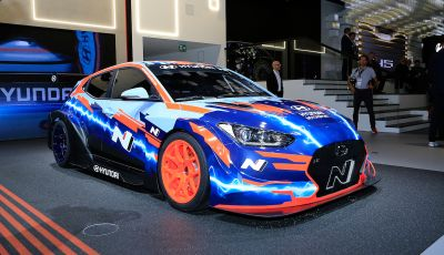 Hyundai Veloster N ETCR: l'elettrica da corsa per il Mondiale Turismo a zero emissioni