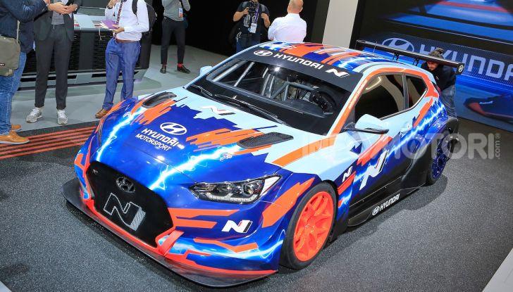 Hyundai Veloster N ETCR: l'elettrica da corsa per il Mondiale Turismo a zero emissioni - Foto 3 di 12