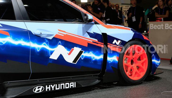 Hyundai Veloster N ETCR: l'elettrica da corsa per il Mondiale Turismo a zero emissioni - Foto 9 di 12