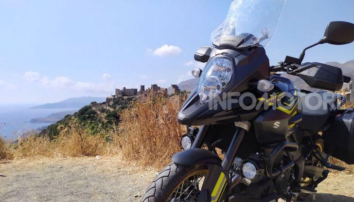 Viaggi in moto, Grecia: il giro del Peloponneso con una Suzuki V-Strom 1000 XT - Foto 20 di 43