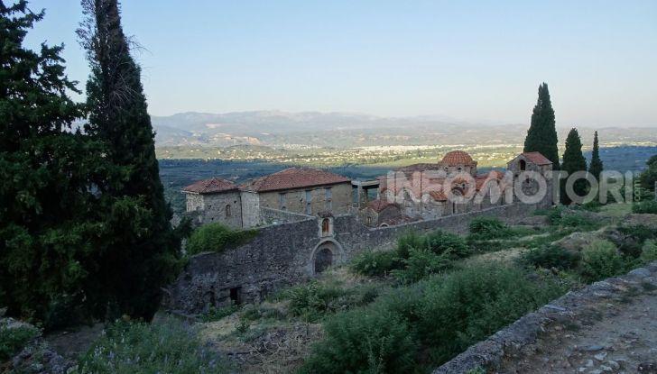 Viaggi in moto, Grecia: il giro del Peloponneso con una Suzuki V-Strom 1000 XT - Foto 33 di 43