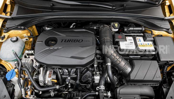 Prova SUV Kia XCeed: La quadratura del cerchio - Foto 23 di 42