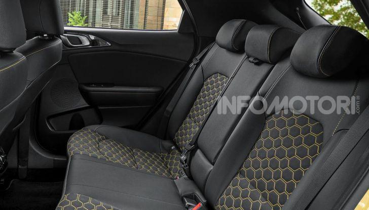 Prova SUV Kia XCeed: La quadratura del cerchio - Foto 18 di 42