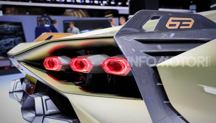 Lamborghini Sian: l'ibrida di Sant'Agata è un fulmine da 819CV - Foto 12 di 45
