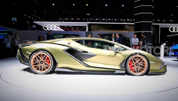 Lamborghini Sian: l'ibrida di Sant'Agata è un fulmine da 819CV - Foto 15 di 45