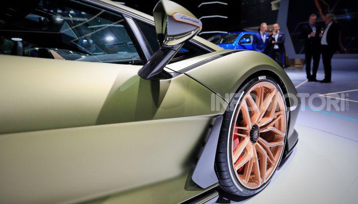 Lamborghini Sian: l'ibrida di Sant'Agata è un fulmine da 819CV - Foto 20 di 45