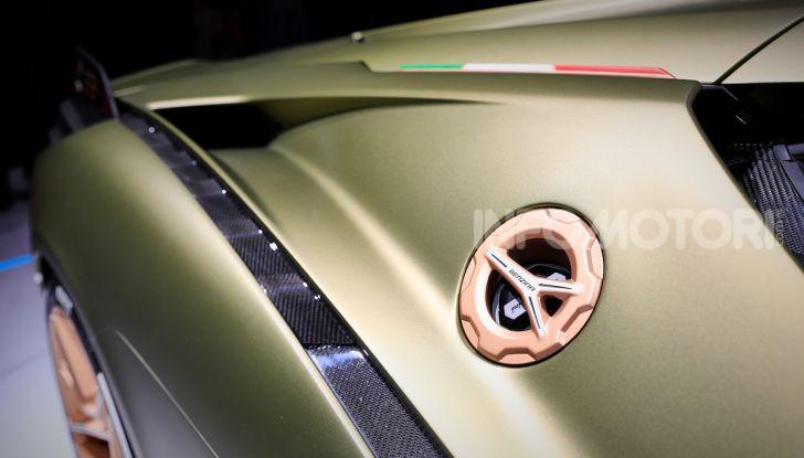 Lamborghini Sian: l'ibrida di Sant'Agata è un fulmine da 819CV - Foto 21 di 45