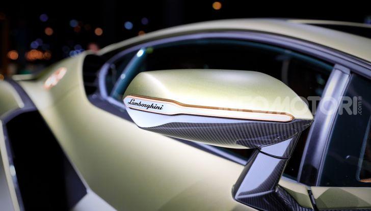 Lamborghini Sian: l'ibrida di Sant'Agata è un fulmine da 819CV - Foto 23 di 45