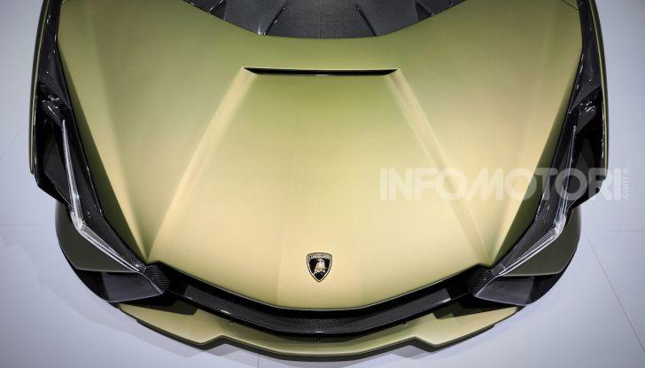 Lamborghini Sian: l'ibrida di Sant'Agata è un fulmine da 819CV - Foto 9 di 45