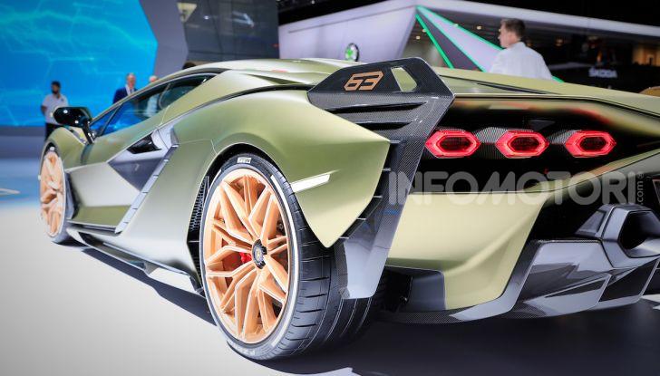 Lamborghini Sian: l'ibrida di Sant'Agata è un fulmine da 819CV - Foto 25 di 45