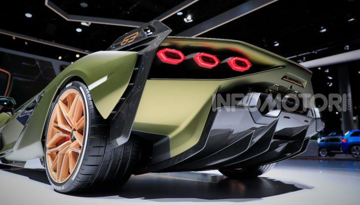Lamborghini Sian: l'ibrida di Sant'Agata è un fulmine da 819CV - Foto 29 di 45