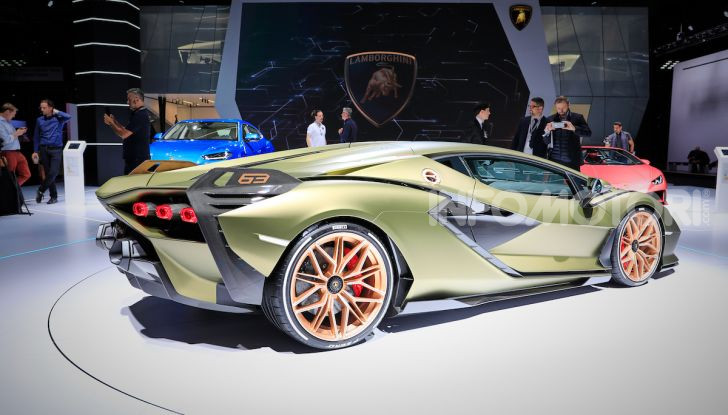 Lamborghini Sian: l'ibrida di Sant'Agata è un fulmine da 819CV - Foto 38 di 45