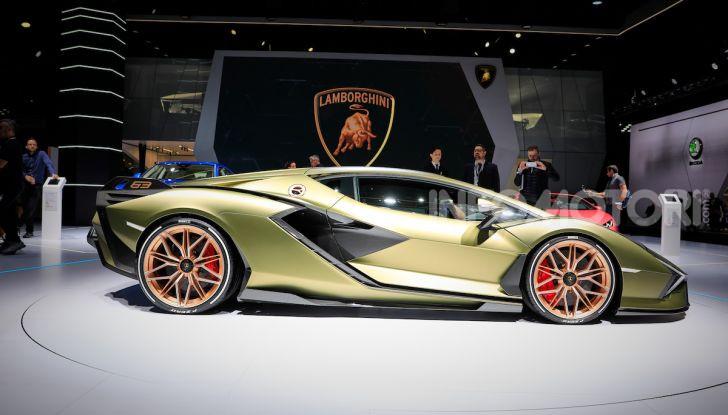 Lamborghini Sian: l'ibrida di Sant'Agata è un fulmine da 819CV - Foto 5 di 45