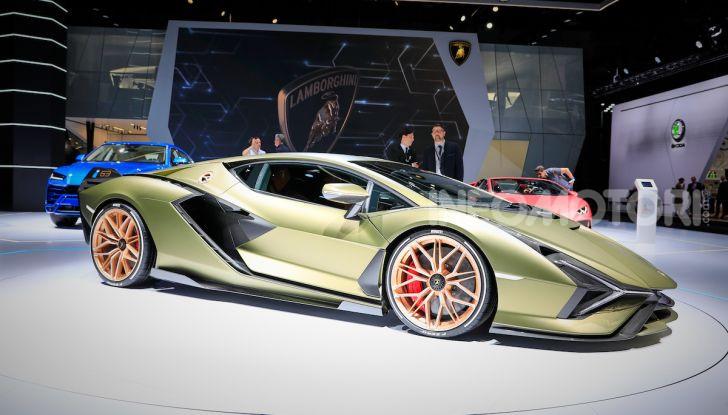 Lamborghini Sian: l'ibrida di Sant'Agata è un fulmine da 819CV - Foto 39 di 45