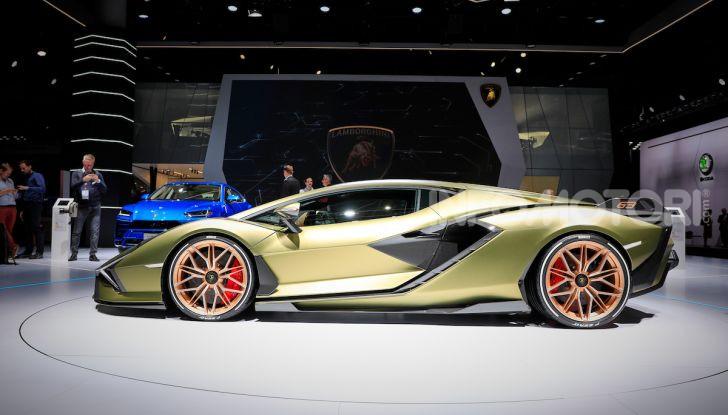 Lamborghini Sian: l'ibrida di Sant'Agata è un fulmine da 819CV - Foto 40 di 45