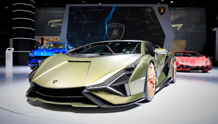 Lamborghini Sian: l'ibrida di Sant'Agata è un fulmine da 819CV - Foto 44 di 45