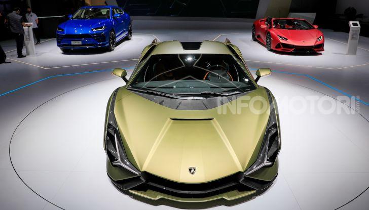 Lamborghini Sian: l'ibrida di Sant'Agata è un fulmine da 819CV - Foto 45 di 45