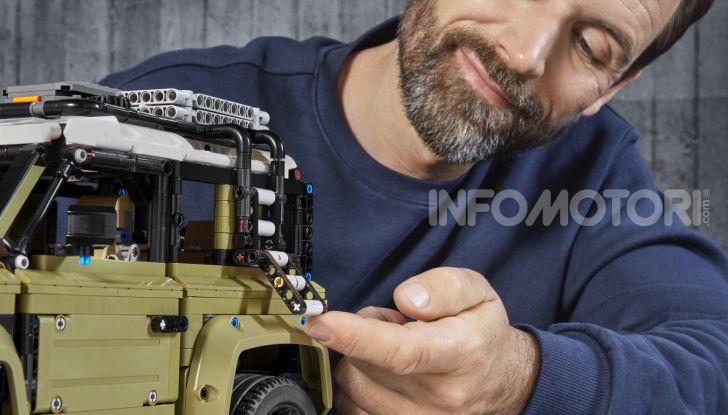 Land Rover Defender LEGO Technic in vendita dal 1 ottobre a 179€ - Foto 11 di 13