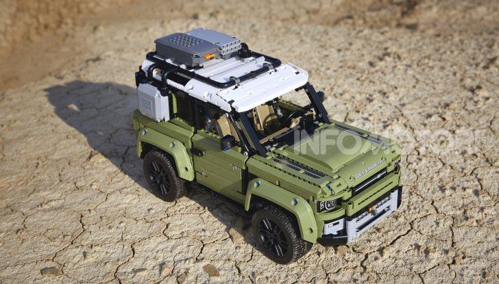 Land Rover Defender LEGO Technic in vendita dal 1 ottobre a 179€ - Foto 4 di 13