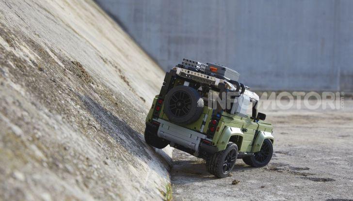 Land Rover Defender LEGO Technic in vendita dal 1 ottobre a 179€ - Foto 7 di 13