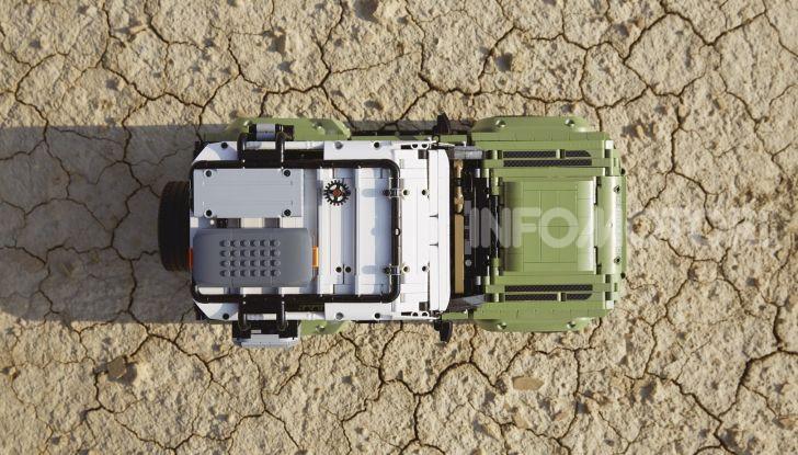 Land Rover Defender LEGO Technic in vendita dal 1 ottobre a 179€ - Foto 5 di 13