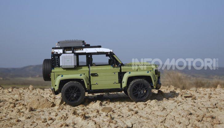 Land Rover Defender LEGO Technic in vendita dal 1 ottobre a 179€ - Foto 1 di 13