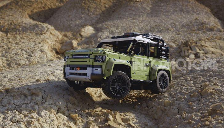 Land Rover Defender LEGO Technic in vendita dal 1 ottobre a 179€ - Foto 9 di 13