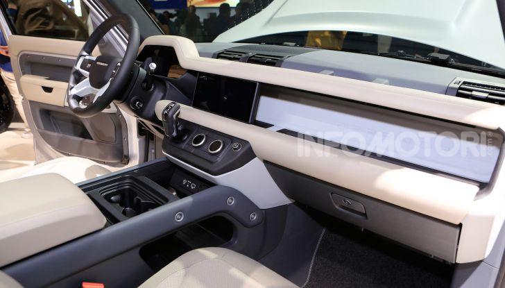 Land Rover Defender 2019, dati e informazioni - Foto 28 di 47