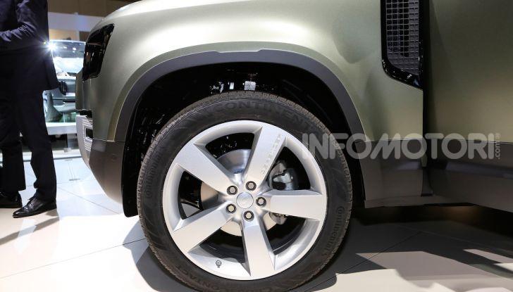 Land Rover Defender 2019, dati e informazioni - Foto 33 di 47