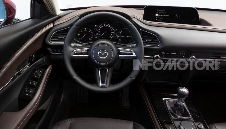 [VIDEO] Prova su strada Mazda CX-30: la giusta misura al crossover giapponese - Foto 32 di 43