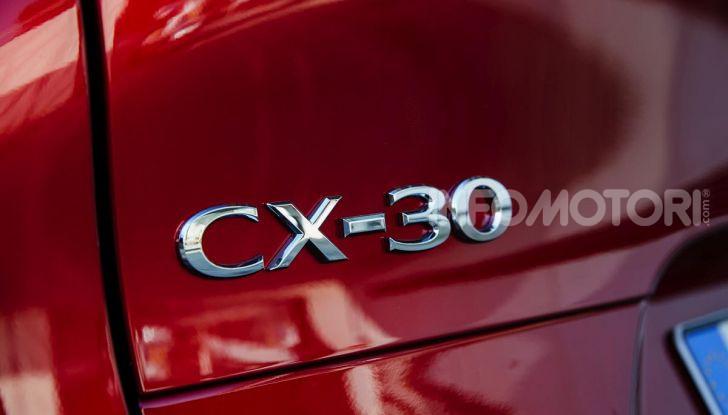 [VIDEO] Prova su strada Mazda CX-30: la giusta misura al crossover giapponese - Foto 43 di 43