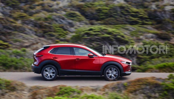 [VIDEO] Prova su strada Mazda CX-30: la giusta misura al crossover giapponese - Foto 6 di 43