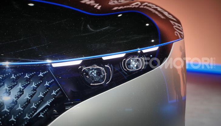 Mercedes-Benz Vision EQS: eleganza, tecnologia e prestazioni full electric - Foto 8 di 30