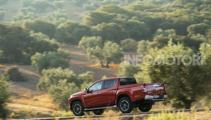 Prova nuovo Mitsubishi L200 2020: il pickup solido come la roccia! - Foto 20 di 44