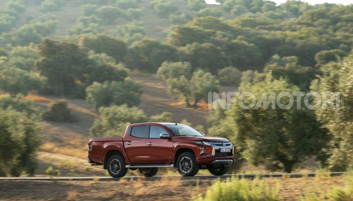 Prova nuovo Mitsubishi L200 2020: il pickup solido come la roccia! - Foto 21 di 44