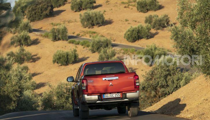 Prova nuovo Mitsubishi L200 2020: il pickup solido come la roccia! - Foto 23 di 44