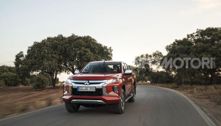 Prova nuovo Mitsubishi L200 2020: il pickup solido come la roccia! - Foto 13 di 44