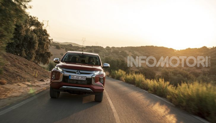 Prova nuovo Mitsubishi L200 2020: il pickup solido come la roccia! - Foto 15 di 44