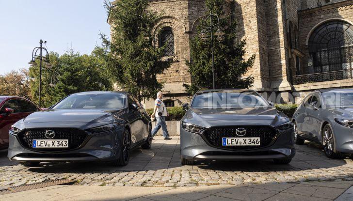 Nuova Mazda 3 Skyactiv-X prova su strada, motori e prezzi - Foto 8 di 8