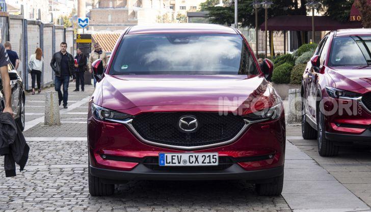 Nuova Mazda 3 Skyactiv-X prova su strada, motori e prezzi - Foto 2 di 8