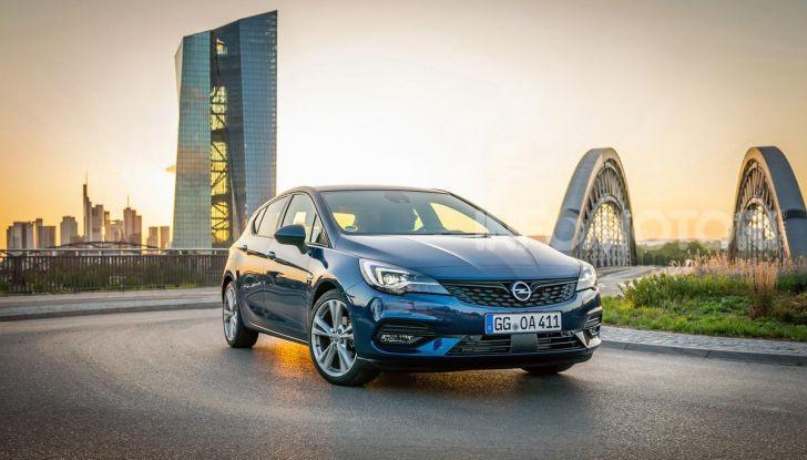 [VIDEO] Opel Astra 2019, prova su strada: nuovi motori, restyling e tecnologia - Foto 1 di 30