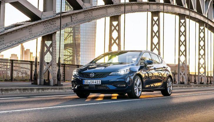 [VIDEO] Opel Astra 2019, prova su strada: nuovi motori, restyling e tecnologia - Foto 2 di 30