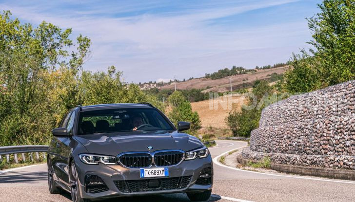 [VIDEO] Prova su strada nuova BMW Serie 3 Touring: La regina è tornata! - Foto 31 di 35