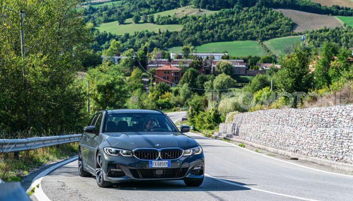 [VIDEO] Prova su strada nuova BMW Serie 3 Touring: La regina è tornata! - Foto 30 di 35