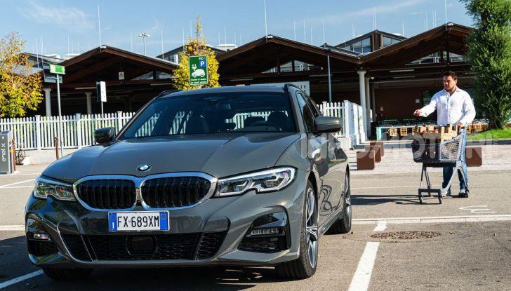 [VIDEO] Prova su strada nuova BMW Serie 3 Touring: La regina è tornata! - Foto 28 di 35