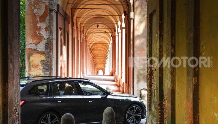 [VIDEO] Prova su strada nuova BMW Serie 3 Touring: La regina è tornata! - Foto 26 di 35