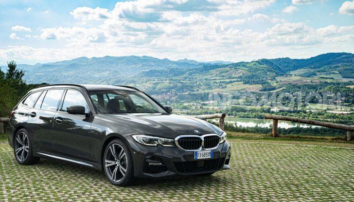 [VIDEO] Prova su strada nuova BMW Serie 3 Touring: La regina è tornata! - Foto 24 di 35
