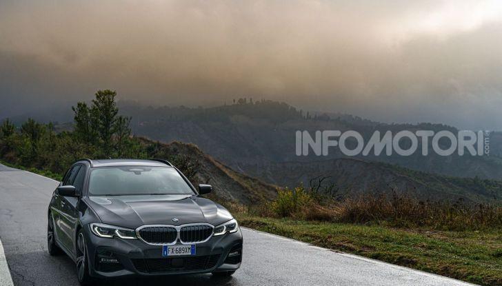 [VIDEO] Prova su strada nuova BMW Serie 3 Touring: La regina è tornata! - Foto 34 di 35