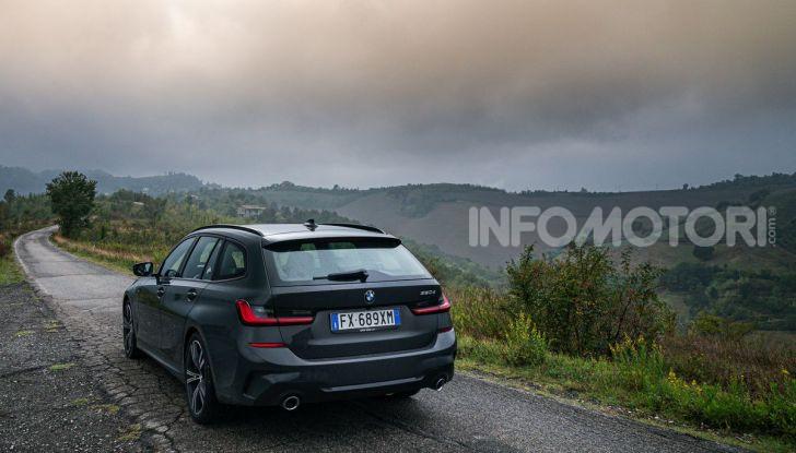 [VIDEO] Prova su strada nuova BMW Serie 3 Touring: La regina è tornata! - Foto 3 di 35